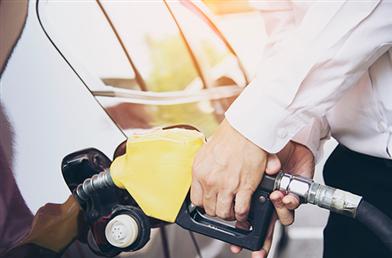 Carro flex: pode misturar etanol e gasolina no tanque?